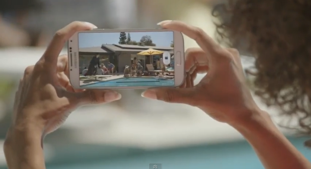 Samsung Takes Another Jab At Apple with New Galaxy S4 Ad